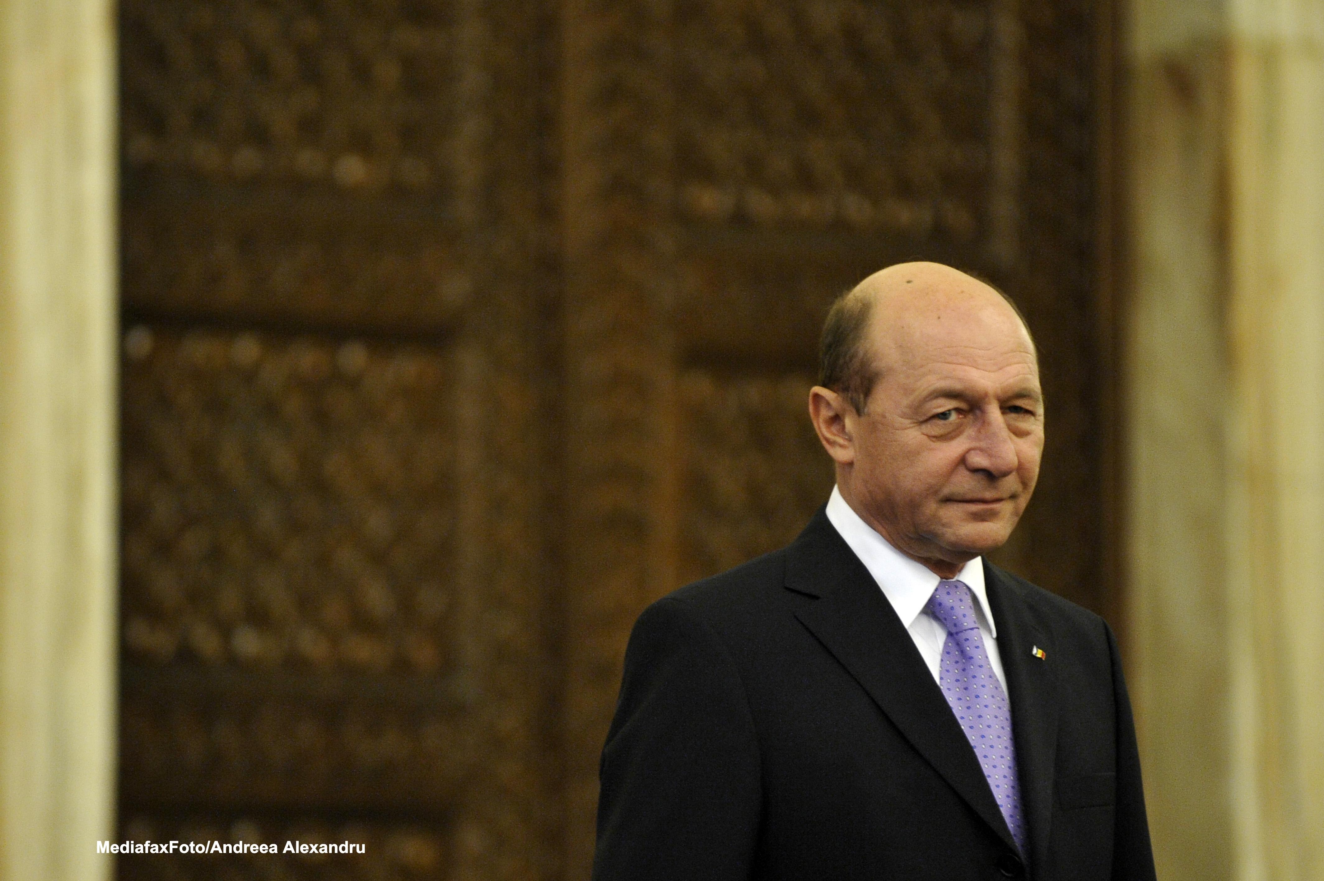 Traian Basescu insista pentru doar 300 de parlamentari. Scrisoarea trimisa catre Valeriu Zgonea