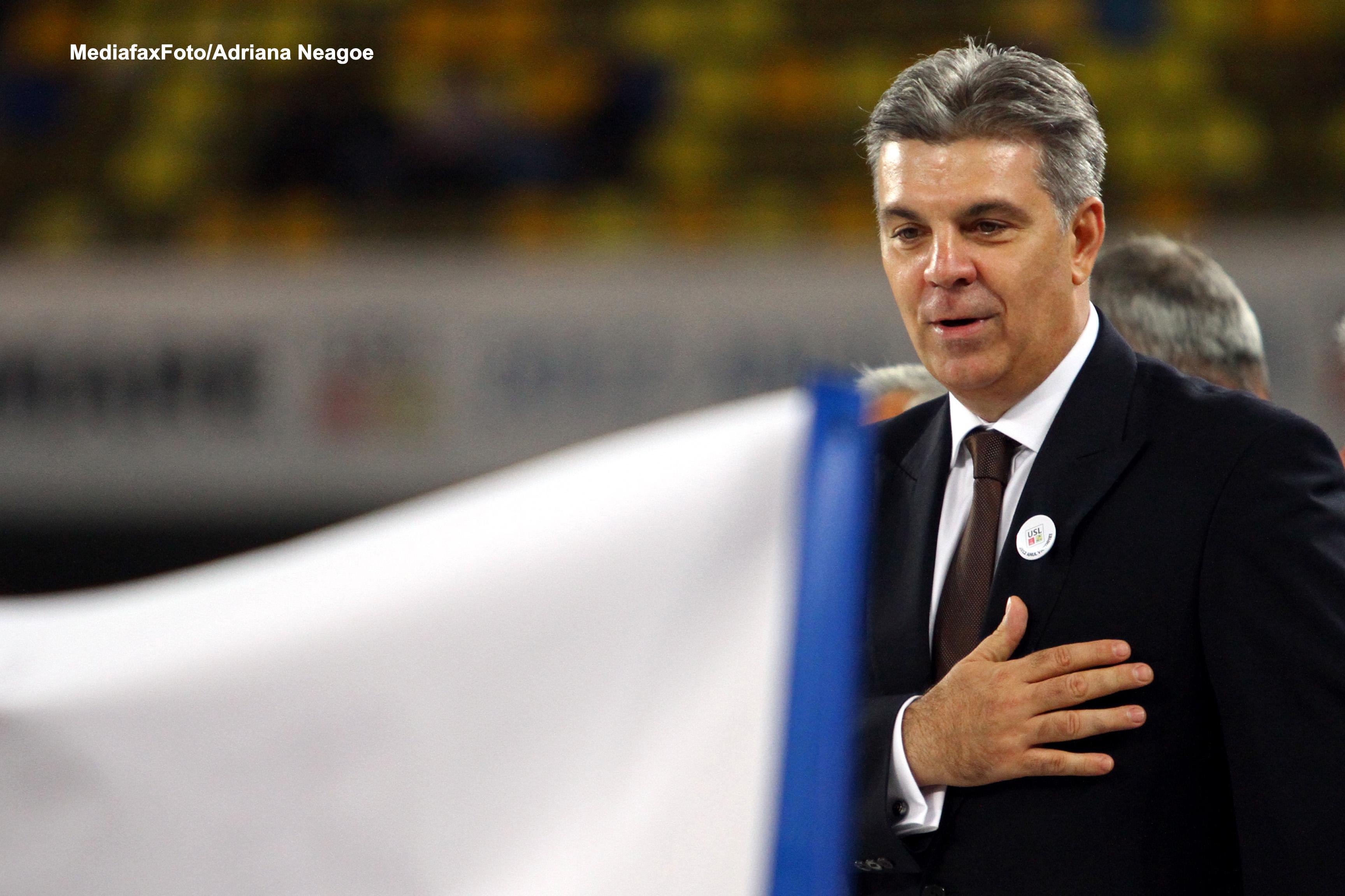 Valeriu Zgonea il roaga pe Victor Ponta sa nu demisioneze din fruntea PSD. Motivul are legatura cu prezidentialele