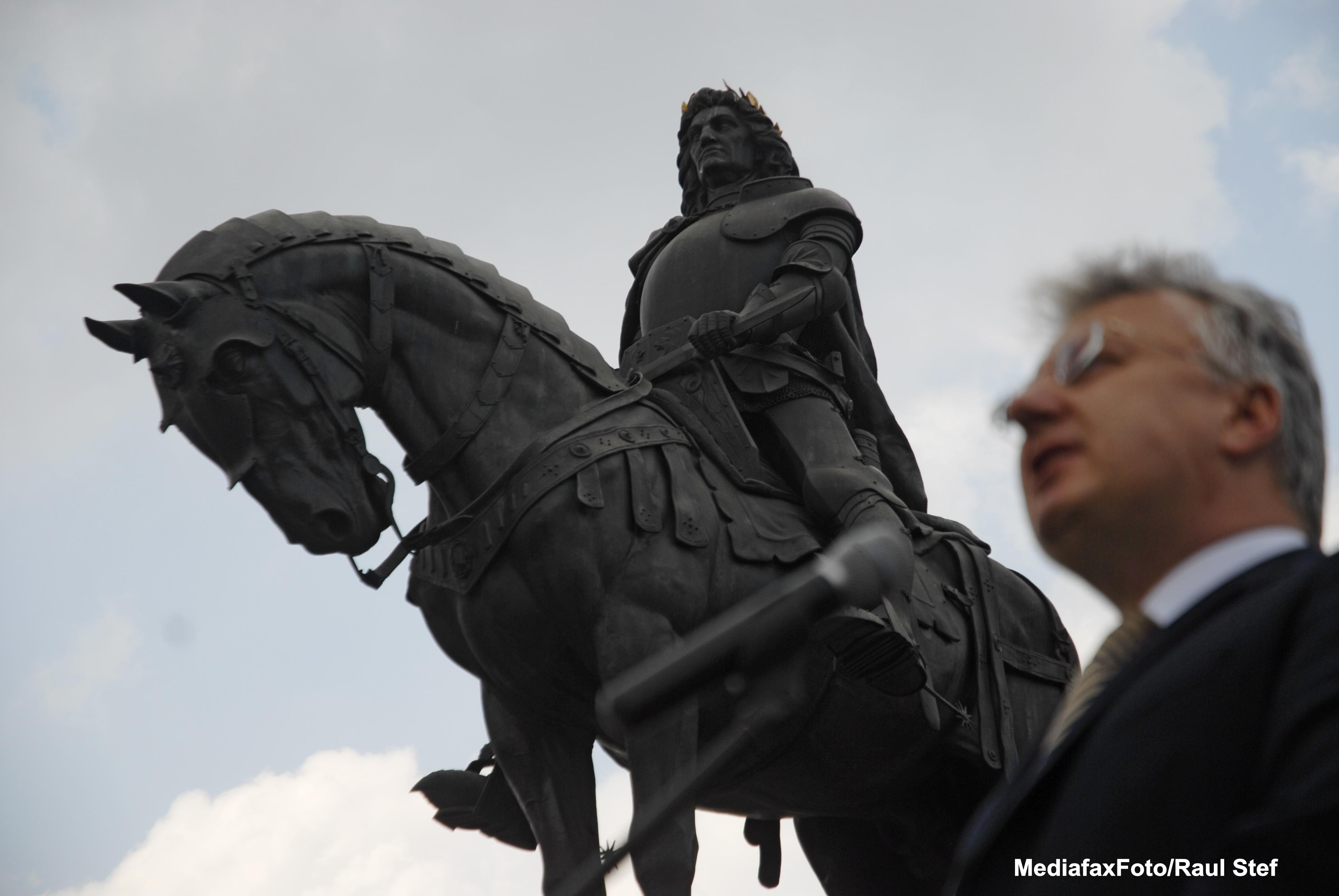 Vicepremierul Ungariei a defilat calare la manifestarile de 15 Martie de la Targu Secuiesc