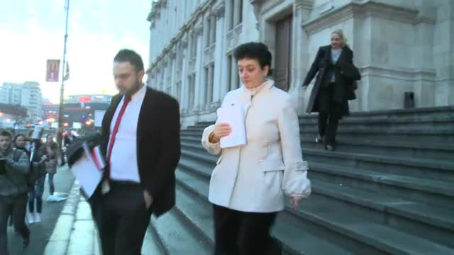 Detalii din dosarul judecatoarelor acuzate de coruptie: Dinu tinea banii luati mita langa muraturi