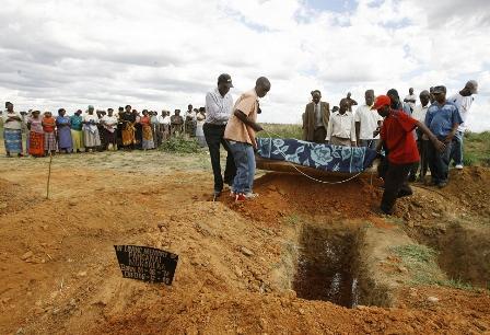 Un grup de sateni din Zimbabwe sustine ca o femeie s-a transformat in barbat dupa moarte
