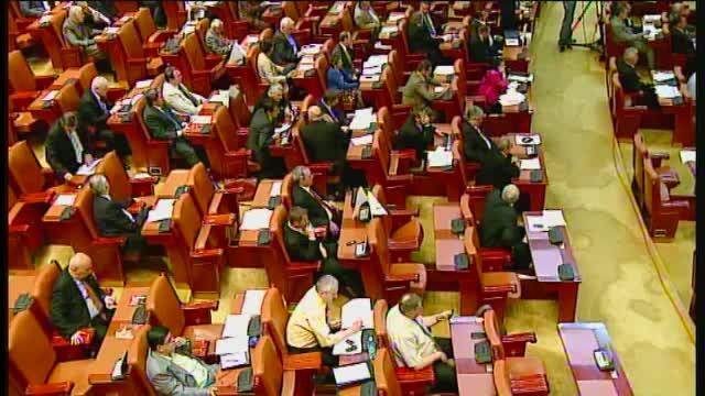 Deputati urmariti penal pentru conflict de interese. Si-au angajat rude la biroul parlamentar