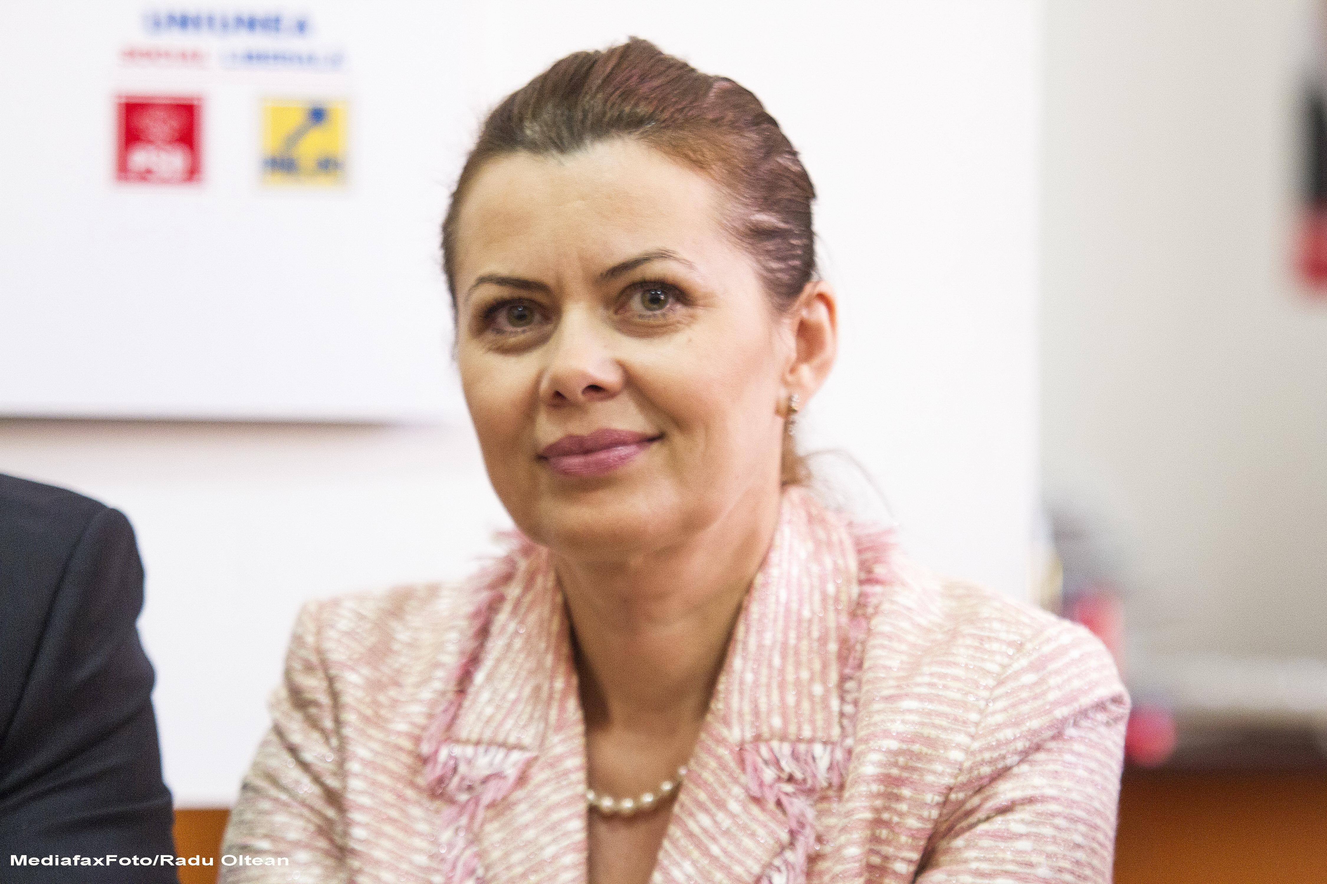 Clujul, reprezentat in Guvernul Ponta 3. Aurelia Cristea, ministru delegat pentru Dialog Social