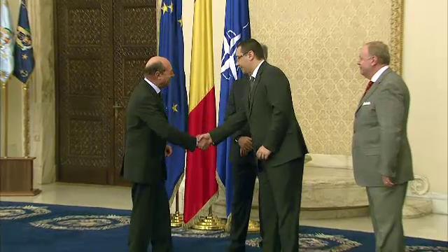 Cabinetul Ponta III a depus juramantul la Palatul Cotroceni. Basescu: