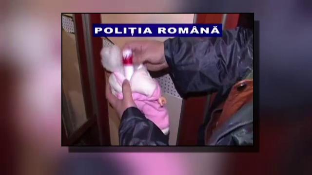 Barbatul care a jefuit si ranit o femeie din Galati a fost arestat. Ce a gasit politia intr-o papusa din locuinta lui