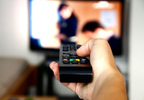 Proiectul CNA prin care televiziunile ar putea fi obligate sa renunte la genuri precum