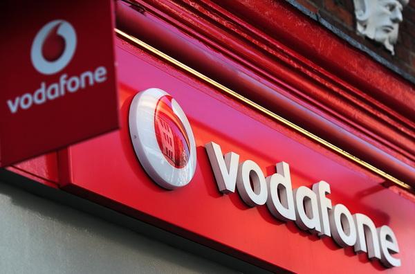 Vodafone Romania reduce tarifele de roaming in UE. Cat va costa un minut de convorbire