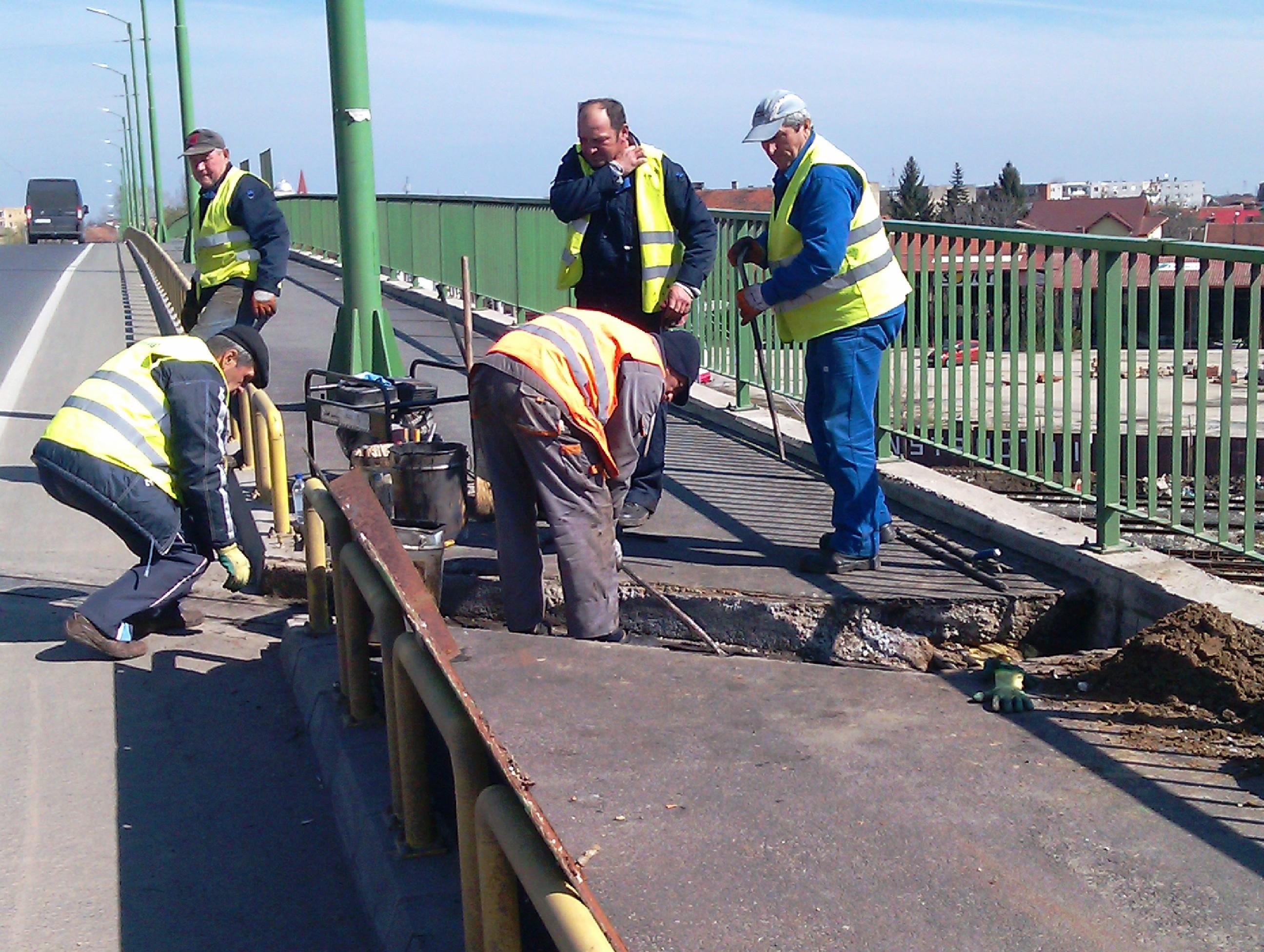 Reparatii la doua pasaje din Arad reabilitate anul trecut cu peste 32 milioane lei