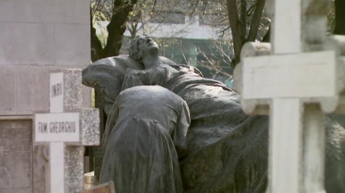 Monumentele din Cimitirul Bellu ar putea fi admirate de mii de straini anual. Cat ar costa transformarea in muzeu