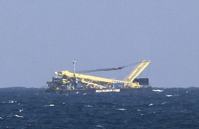 Surpriza uriasa pentru politia spaniola. Ce a descoperit pe o barca de pescuit din Marea Mediterana, in greutate de 2,5 tone!