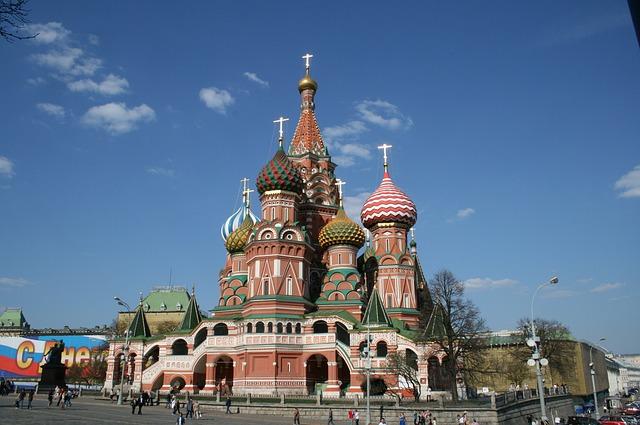New York Times: Misiunea Rusiei la sediul NATO va fi redusa. In delegatie s-ar afla spioni rusi