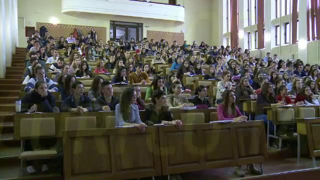 Bani de la buget in functie de cati absolventi s-au angajat. Masura propusa de studenti in privinta facultatilor din Romania