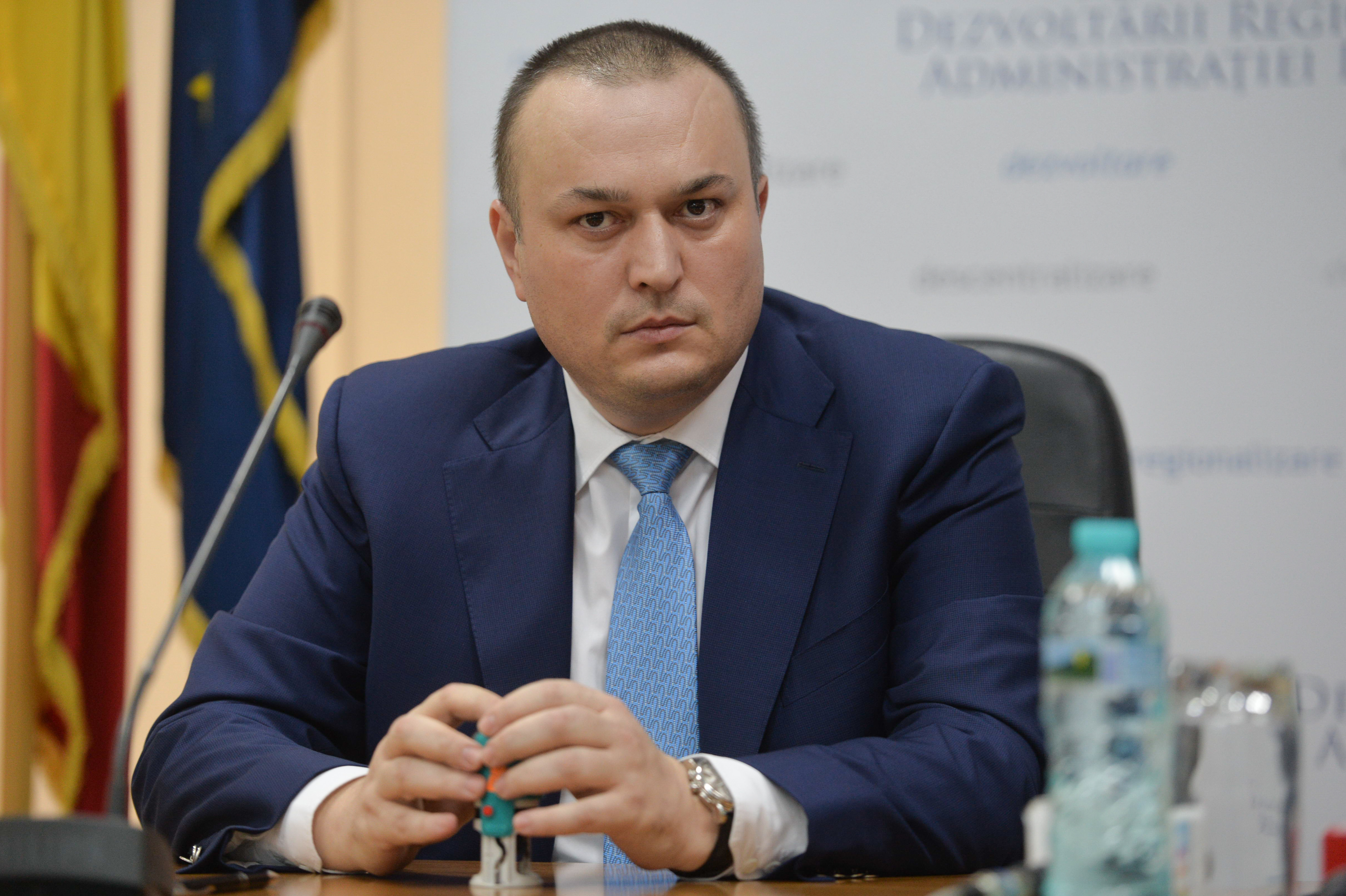Iulian Badescu, fostul primar al Ploiestiului, va fi eliberat din arest si plasat sub control judiciar