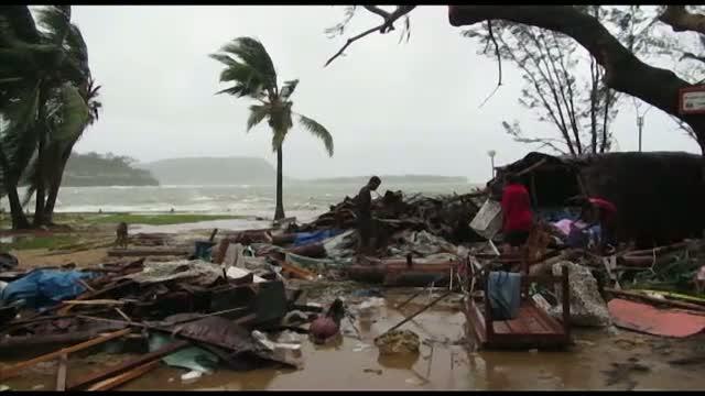 Arhipelagul Vanuatu, devastat de ciclonul Pam. Un bilant neoficial indica peste 40 de morti
