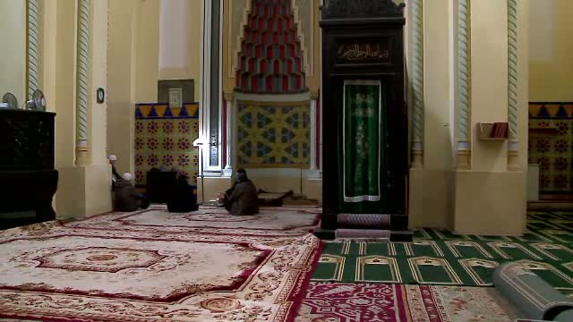 Monumentul istoric Marea Moschee, din Constanta, pe cale sa ajunga o ruina.