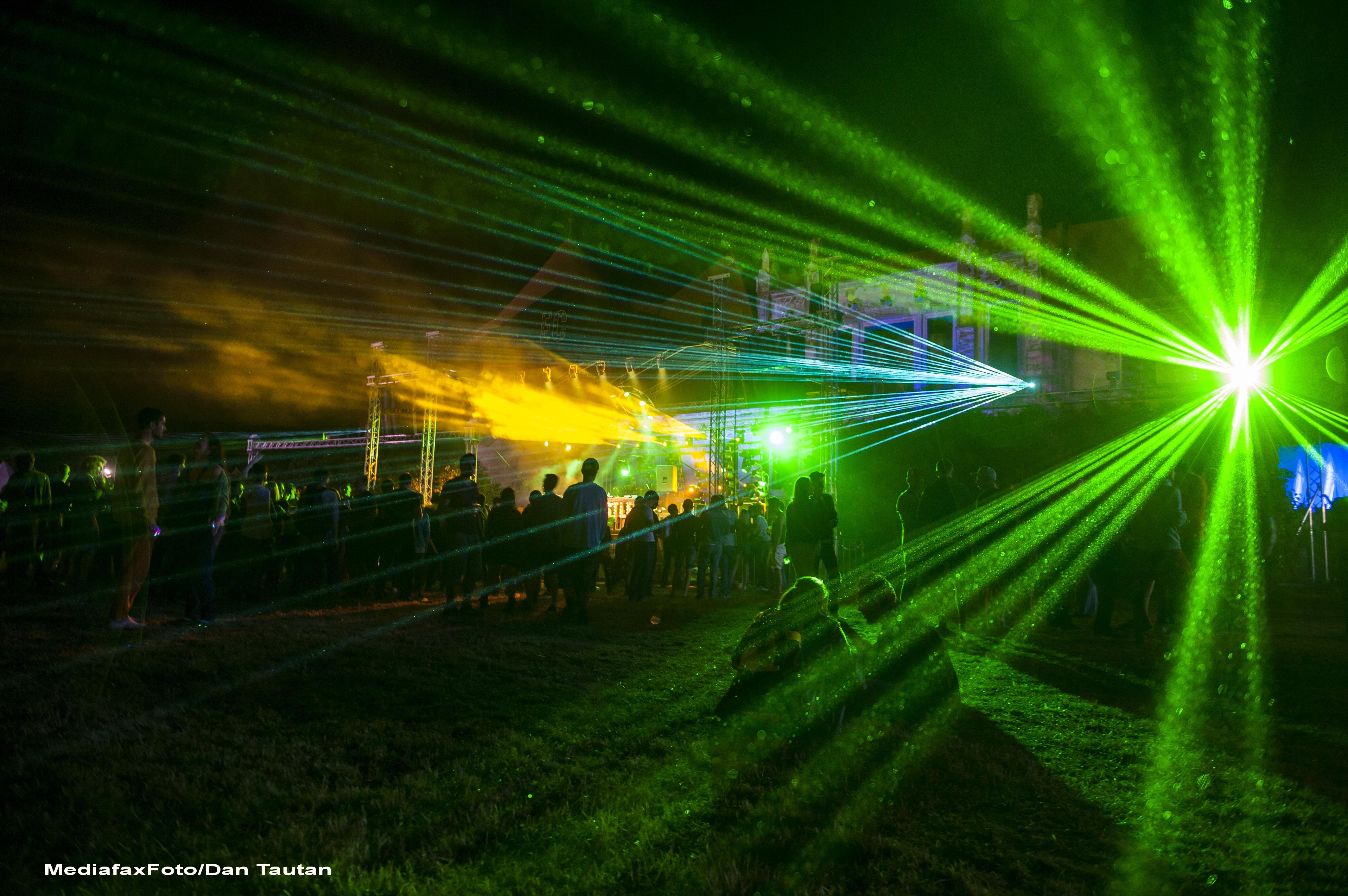 ELECTRIC CASTLE 2015. Noi nume pe afisul festivalului: The Glitch Mob, Maya Jane Coles, Apparat, Cassy, Breach, Monophonics