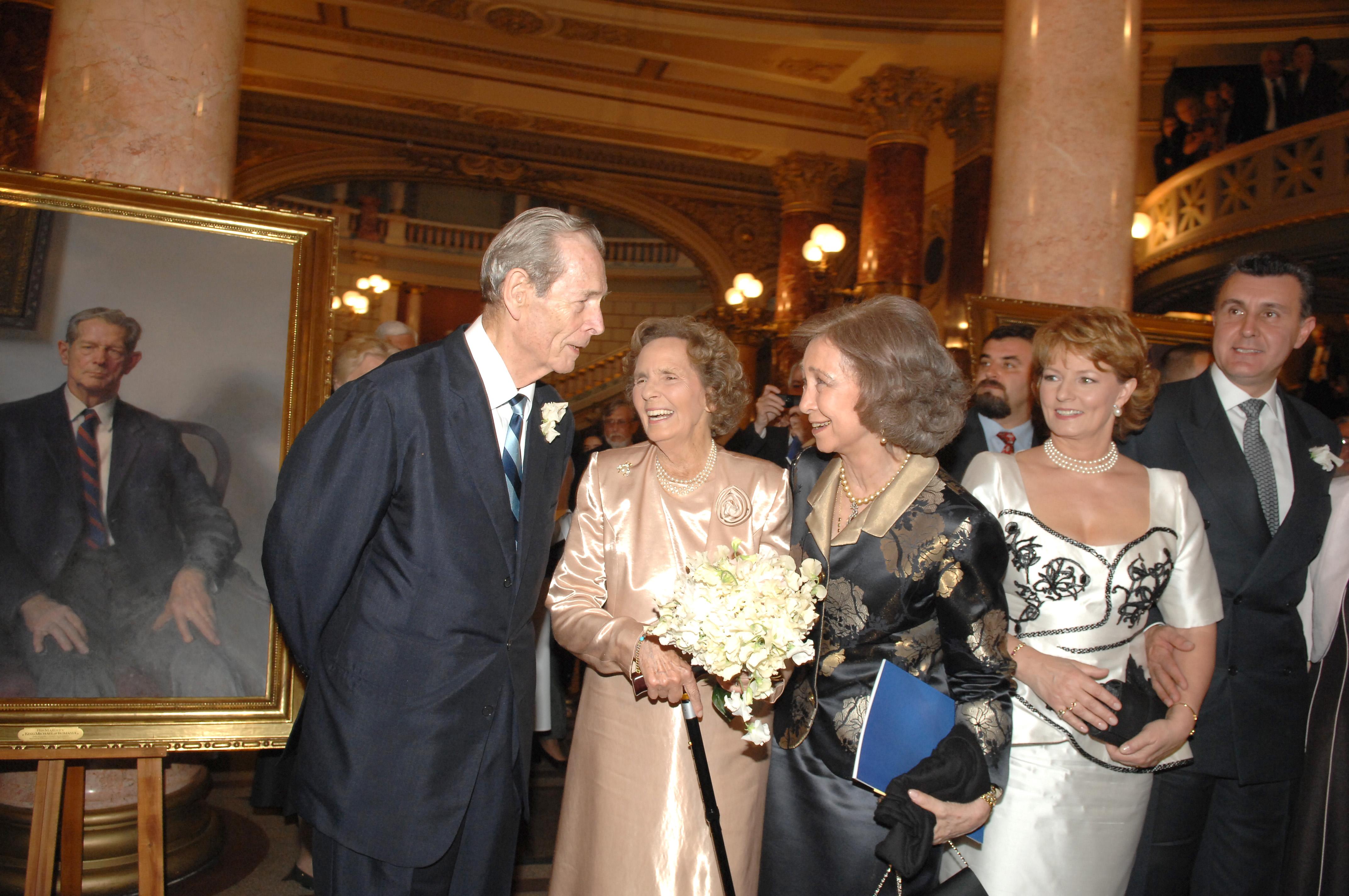 Regina Spaniei, cu gandul la varul ei favorit, Regele Mihai. Surse: Starea de sanatate a Majestatii Sale ramane grava