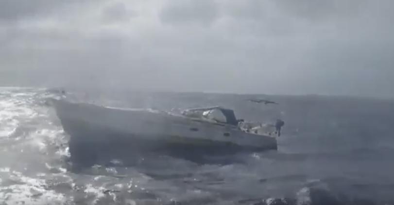 Momentul in care un pescar a gasit trupul mumificat al barbatului german, la bordul unui iaht. Cum a reactionat. VIDEO