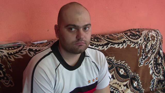 De 7 ani, Bogdan se lupta cu o tumoare si a suferit 5 operatii pe creier. Cum ii puteti salva viata