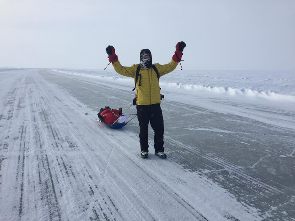 Slugă la ciobani, bodyguard-ul mafiei, deținut. Cum a cucerit Tibi Ușeriu Polul Nord