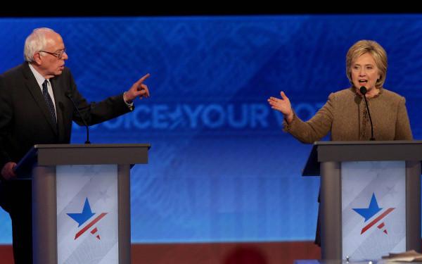 Tripla victorie pentru Bernie Sanders, care a redus din distanta care-l separa de Hillary Clinton. 26 aprilie, zi decisiva