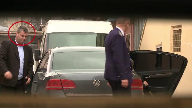Soferul lui Neculai Ontanu, cercetat penal dupa ce n-a stiut cand sa se opreasca cu masina in care isi transporta seful