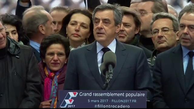 Francois Fillon a fost pus sub acuzare in dosarul angajarilor fictive. Ce au facut copiii sai cu salariile primite in Senat