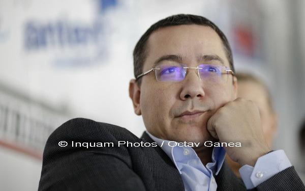 Ponta, despre Dragnea: Un fel de Pablo Escobar, de Hugo Chavez; îmi pot da doctoratul în cei cu mustaţă când mint