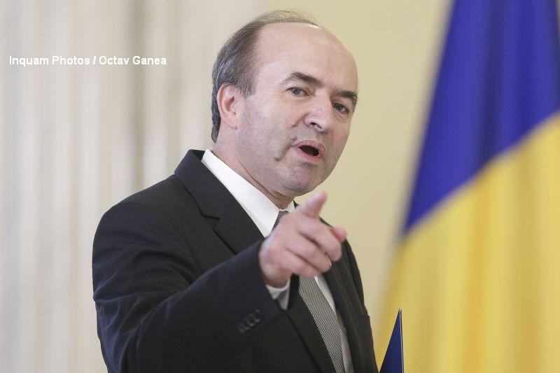Ministrul Justitiei ii cheama la discutii pe Laura Codruta Kovesi si Augustin Lazar. Nu exclude o demisie a lor