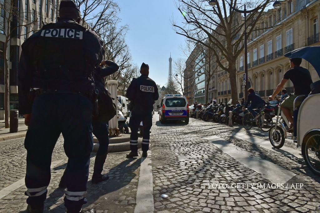 Explozie la sediul FMI din Paris: o persoana a fost ranita dupa ce a deschis o scrisoare-capcana. Hollande:
