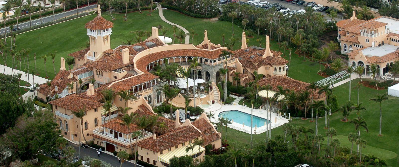 New Yorker: Donald Trump foloseste muncitori sezonieri din Romania si Haiti la luxosul sau club Mar-a-Lago din Palm Beach