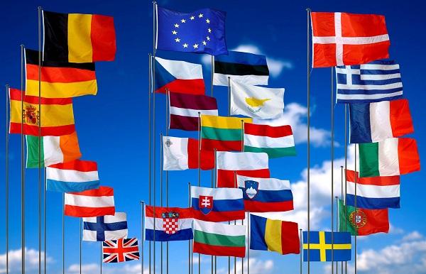 De la 6 la 28. Istoria UE, de la semnarea Tratatului de la Roma cu pagini goale, la Grexit, Brexit si amenintarea terorista