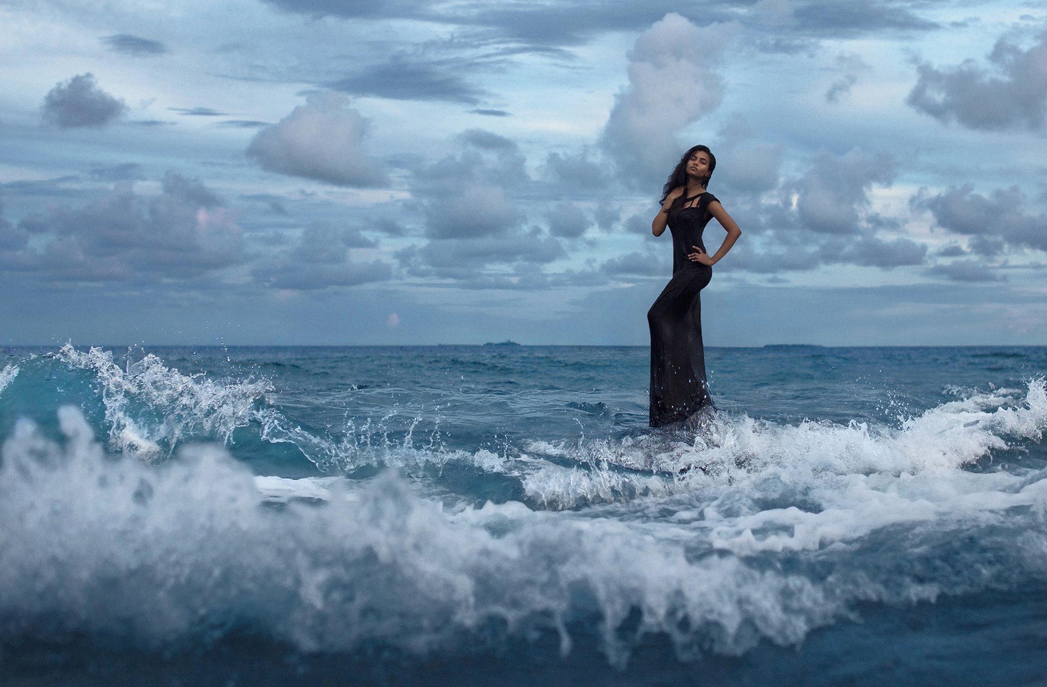 Un supermodel Vogue s-ar fi sinucis intr-un hotel din Bangladesh. Misterul ce inconjoara moartea