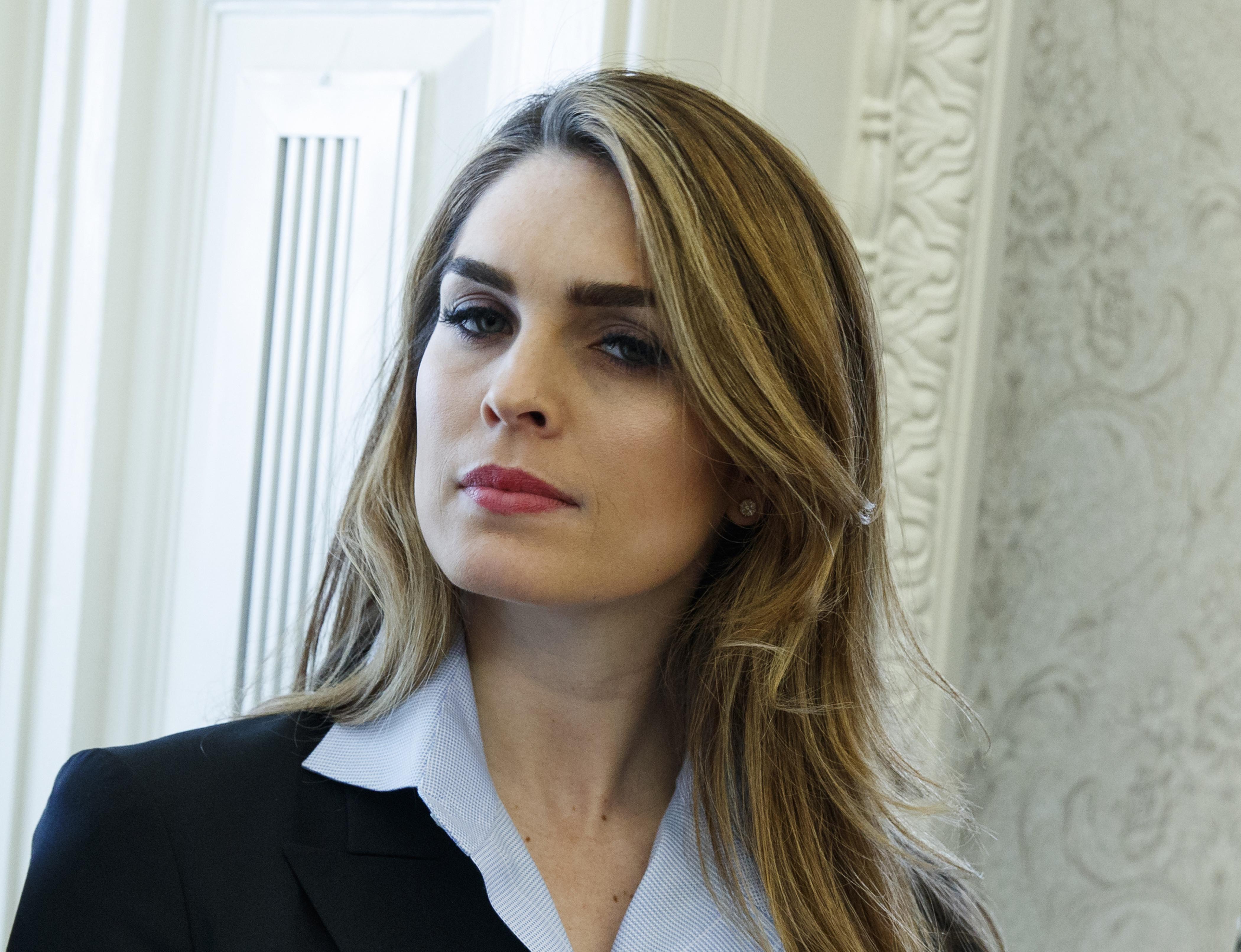 Directorul de comunicare a lui Trump, un fost fotomodel, demisionează