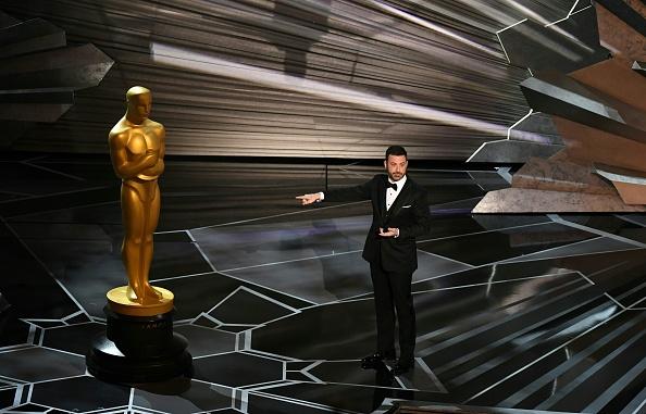 """Jimmy Kimmel: """"Oscar, cel mai respectat bărbat de la Hollywood, își ține mâinile la vedere"""""""