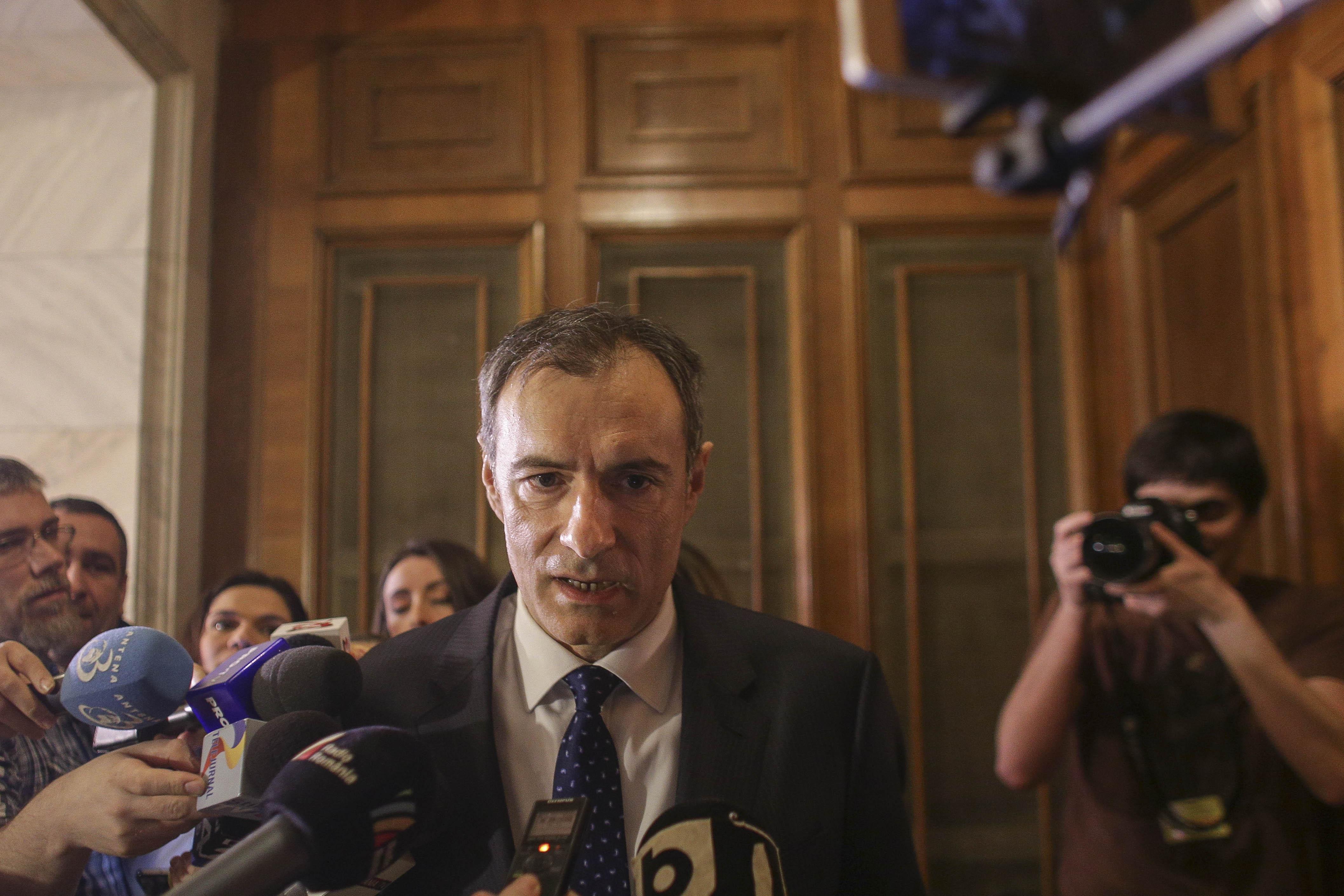 """Florian Coldea, după 8 ore de audieri la Comisia SRI: """"Nu înţeleg sintagma cu care este redefinit statul de către unele voci"""""""