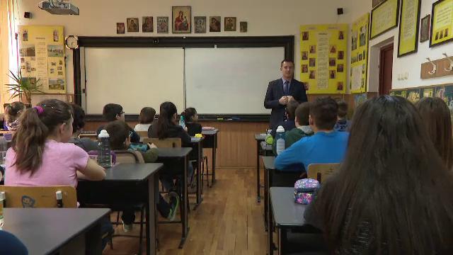 Modalitatea de înscriere la orele de religie în şcoli, modificată
