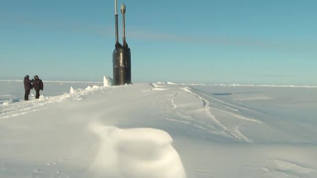Confruntare între SUA şi Rusia, la Polul Nord. Imagini inedite de pe un submarin nuclear american