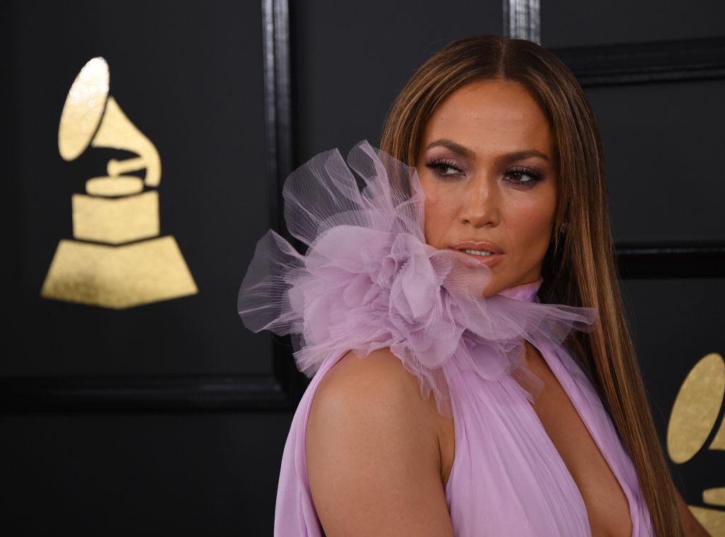 Jennifer Lopez, dezvăluie că a fost victimă a hărţuirii sexuale: