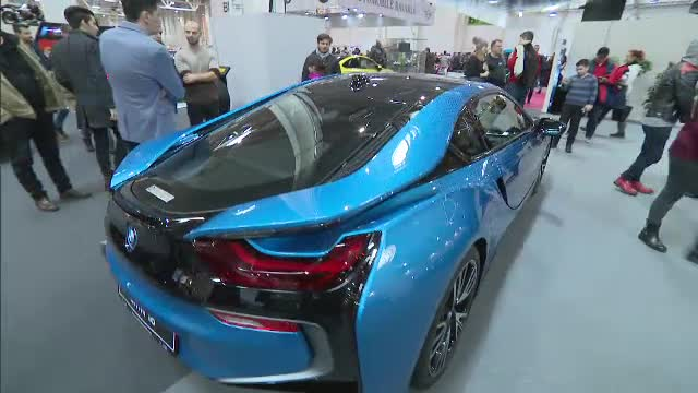 Salonul Auto București: Noul Touareg, BMW I8 electric și Rolls Royce de 700.000 de euro