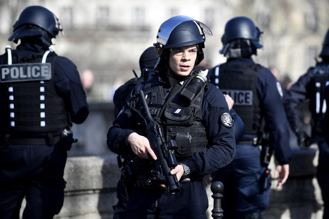 Atac cu cuţitul, în Franţa. Agresorul a strigat