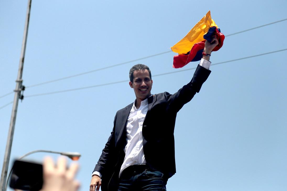 Liderul opoziţiei din Venezuela s-a întors în ţară,