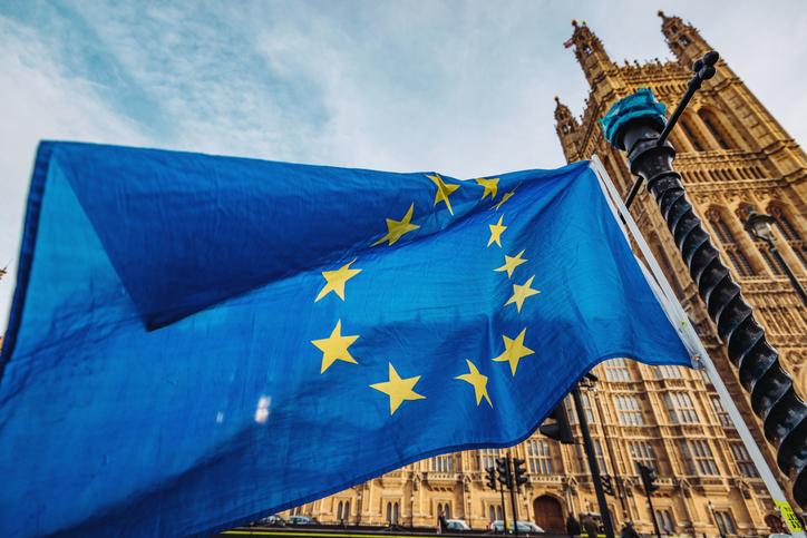Brexit: Theresa May îi va trimite lui Donald Tusk o cerere pentru amânarea ieşirii din UE