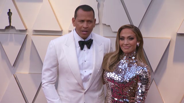 Jennifer Lopez s-a logodit cu Alex Rodriguez, după o relație de doi ani