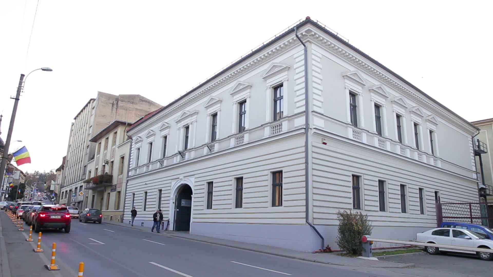 (P) S-a deschis cel mai modern spital de cardiologie din Ardeal. Ce intervenții fără bisturiu poți face acolo