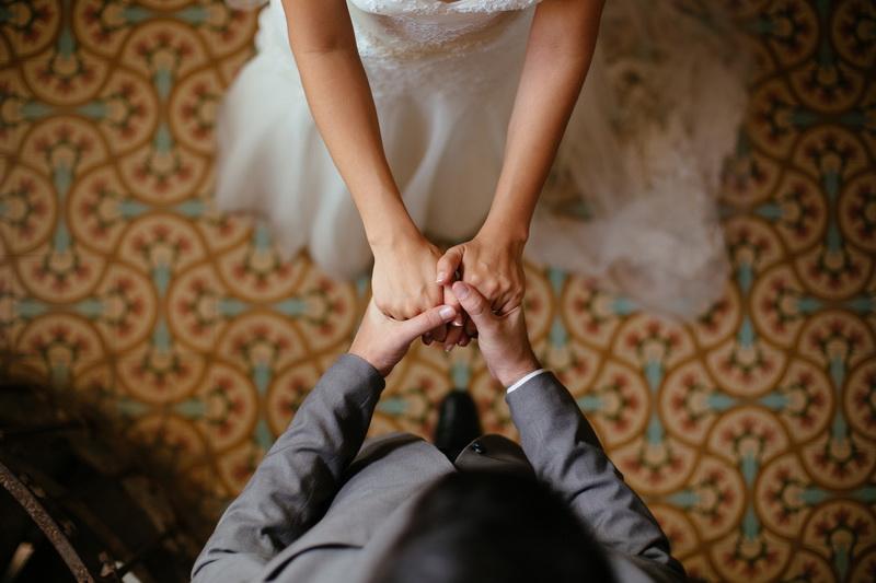 Reacția unei mirese, după ce s-a trezit la nuntă cu fosta iubită a partenerului. VIDEO