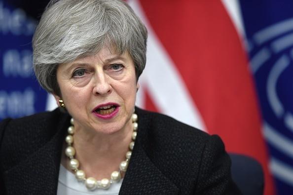 """Theresa May le promite parlamentarilor britanici o ofertă """"îndrăzneață"""" privind Brexitul"""