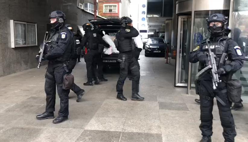 """Vela a anunțat """"Ziua Z"""" în România. Sute de descinderi la grupările de crimă organizată"""