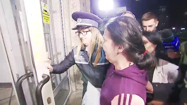 Avocatul Poporului s-a sesizat după ce Sorina Pintea a fost dusă încătușată la spital. Poziția DNA