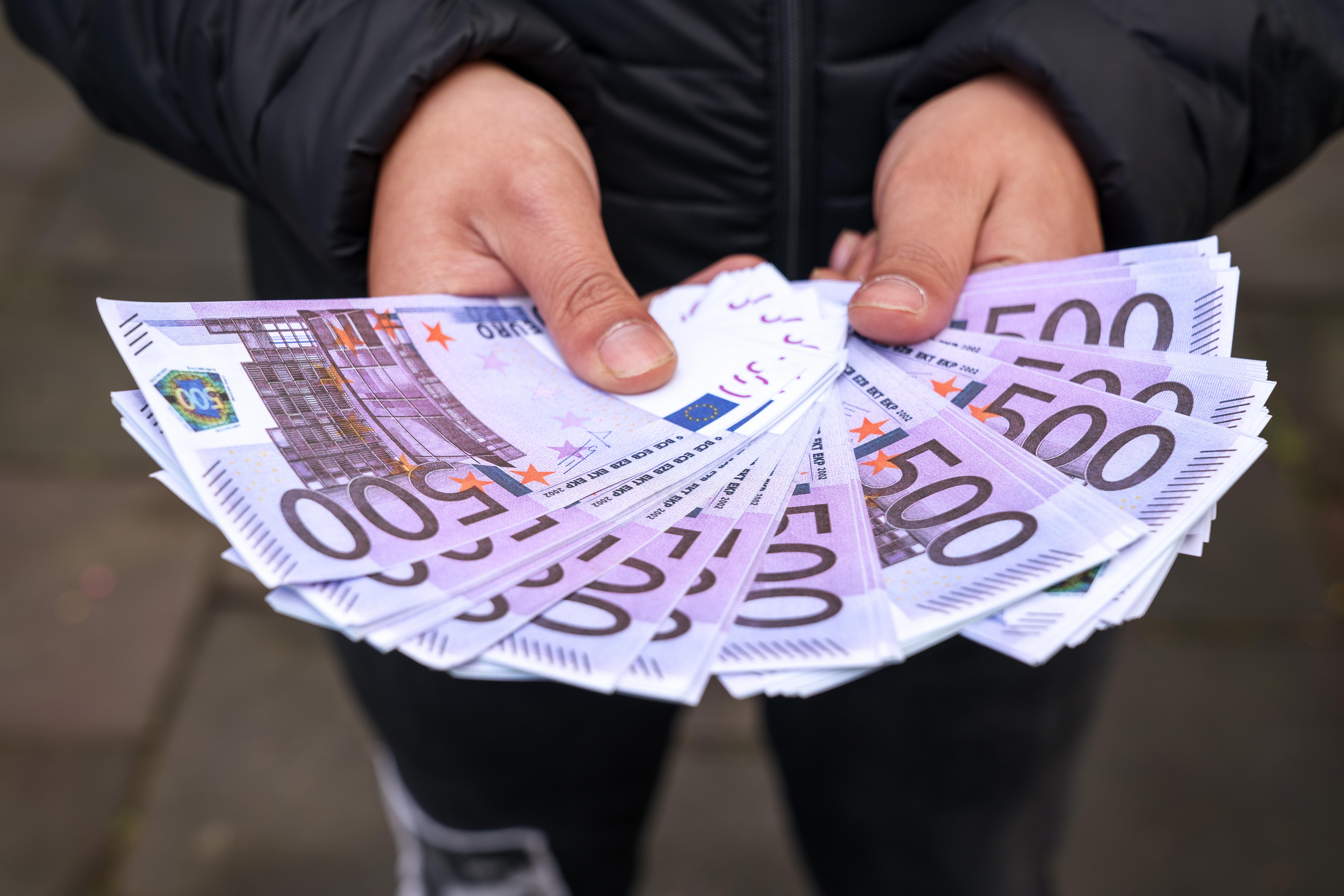 Cine este românul care a câștigat 1,7 milioane de euro la Loto de 1 martie